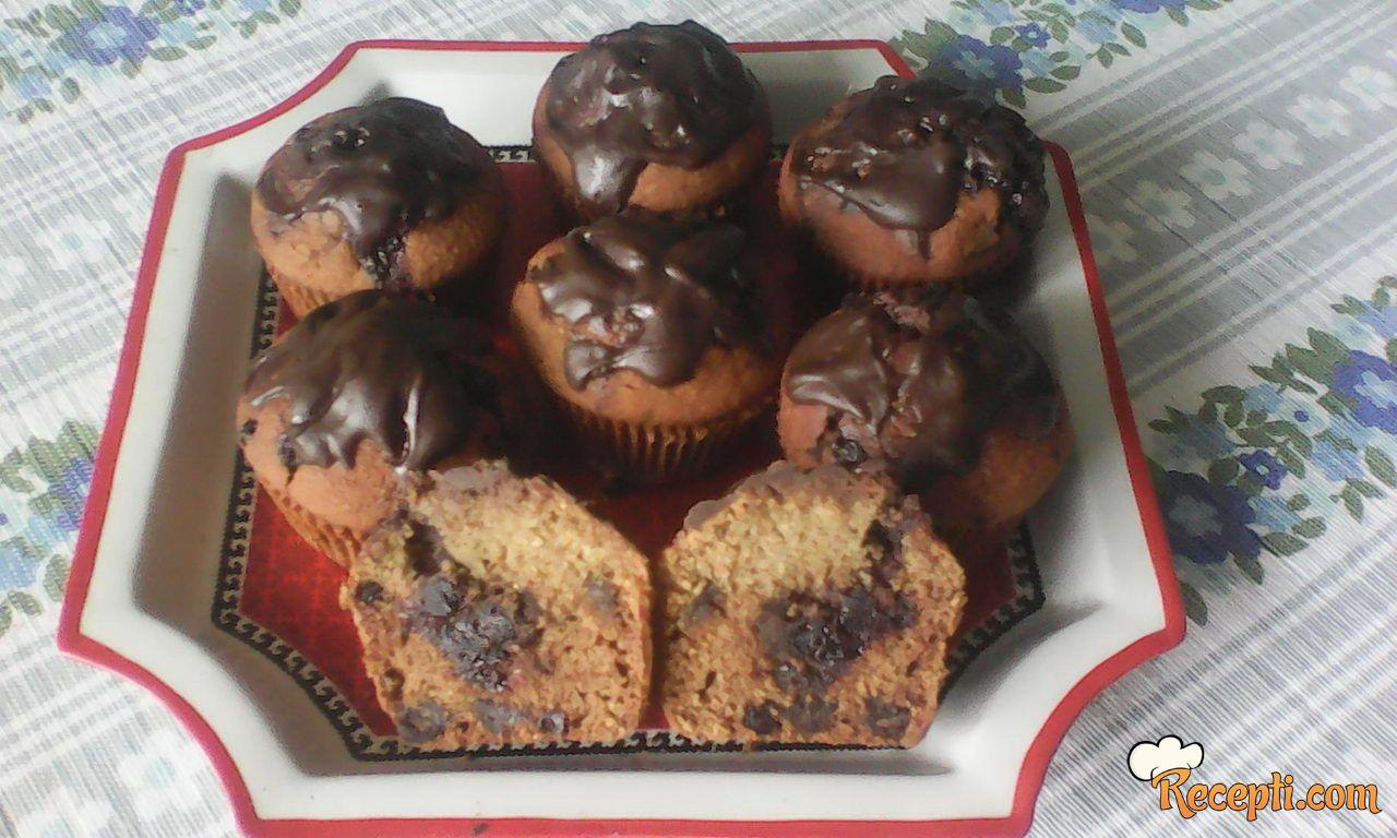 Mafini sa čokoladom i kukuruznim brašnom