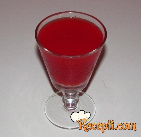 Gusti sok od jagoda