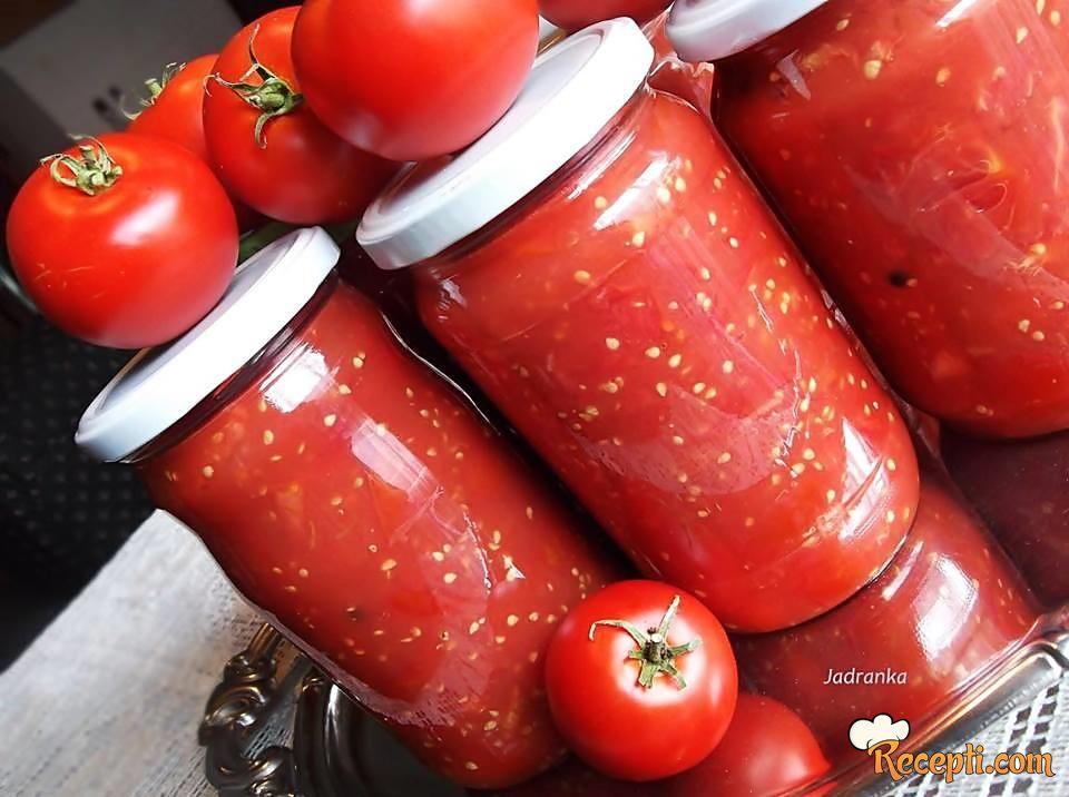 Nekuvani paradajz