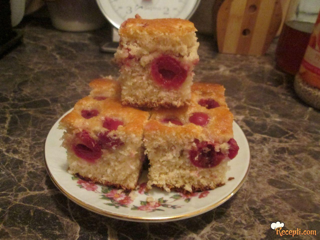 Voćni kolač (13)