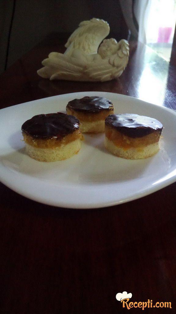 Jafa kolač (15)