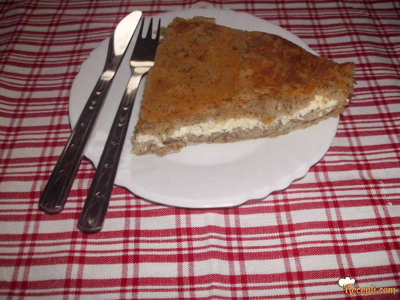 Pita sa feta sirom i heljdinim korama