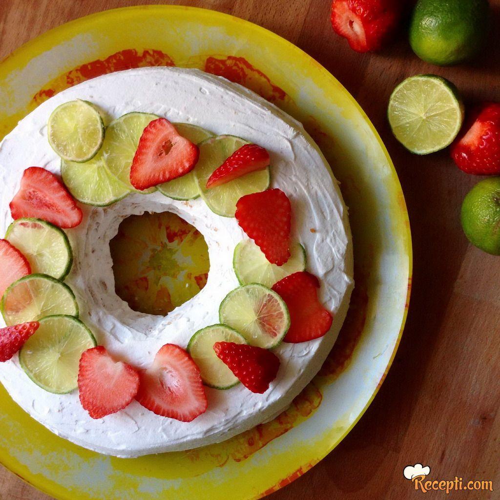 Limeta torta sa jagodama