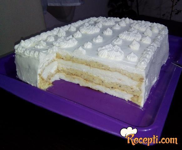 Sladoled lešnik torta