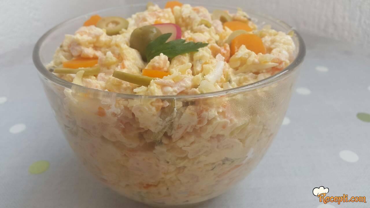 Šarena salata (15)