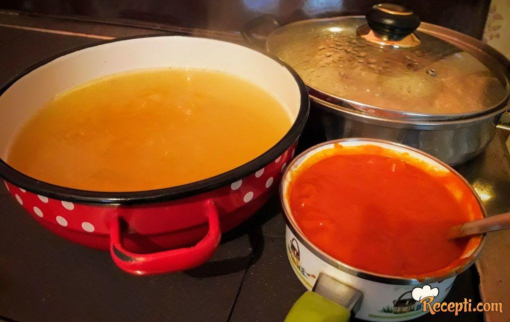 Sremska domaća supa