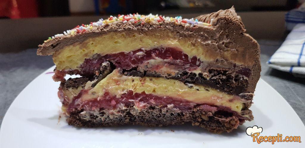 Torta sa jagodama (11)