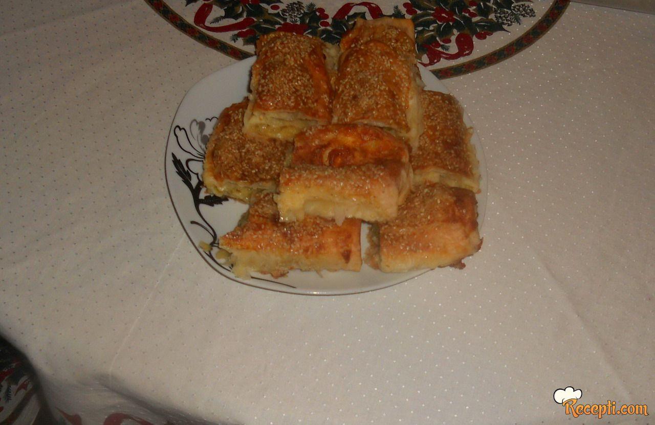 Pita od tikvica, sira i praziluka