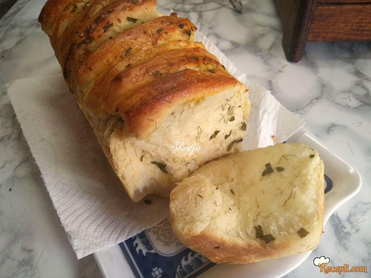 Hleb sa začinima