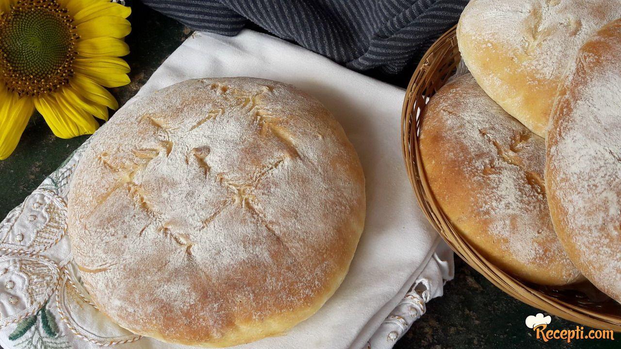 Lepinje ili hleb sa krompirom