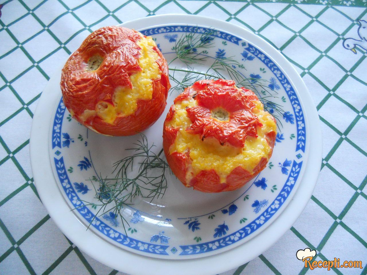 Punjeni paradajz (9)