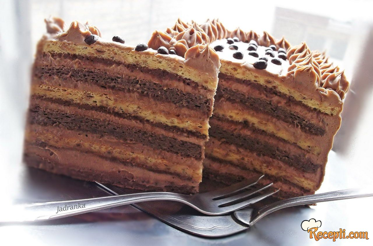 Vladina lešnik - nutela torta
