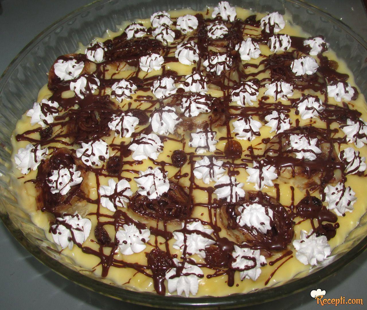 Puding desert sa palačinkama