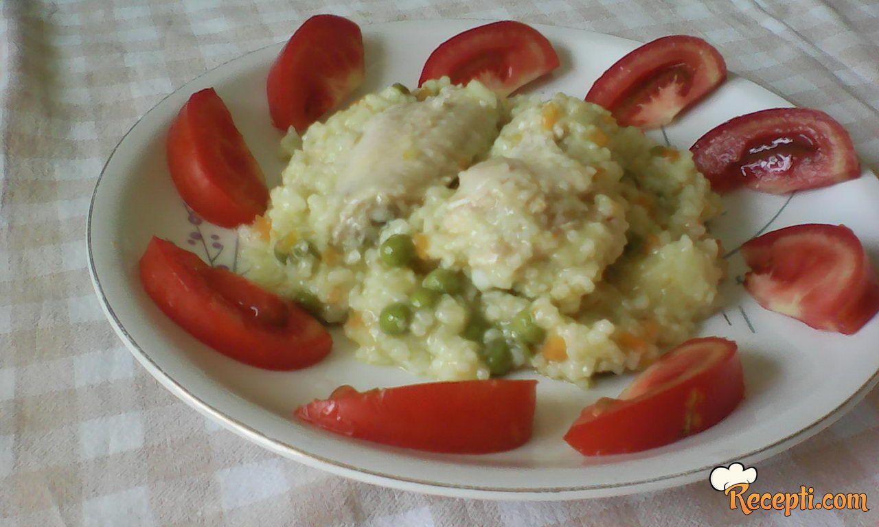 Pilav s povrcem i krilicama