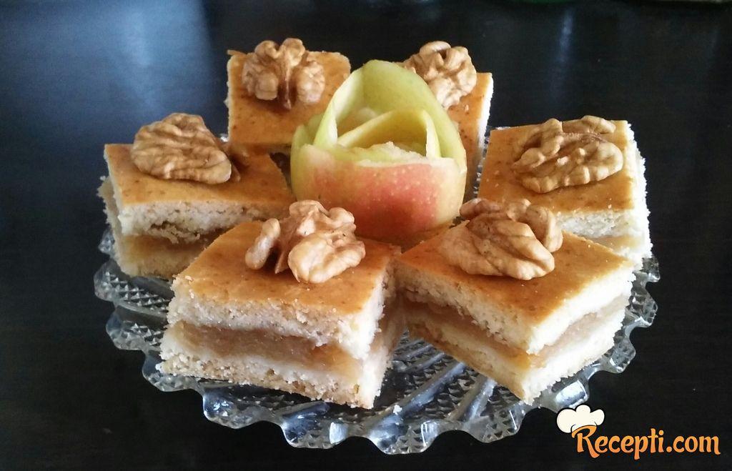 Lenja pita sa jabukama (9)