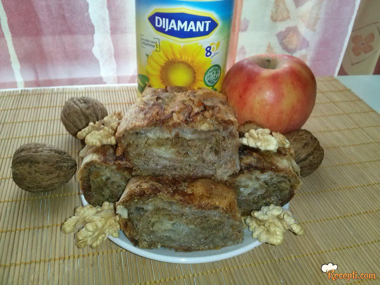 Pita sa jabukama i orasima