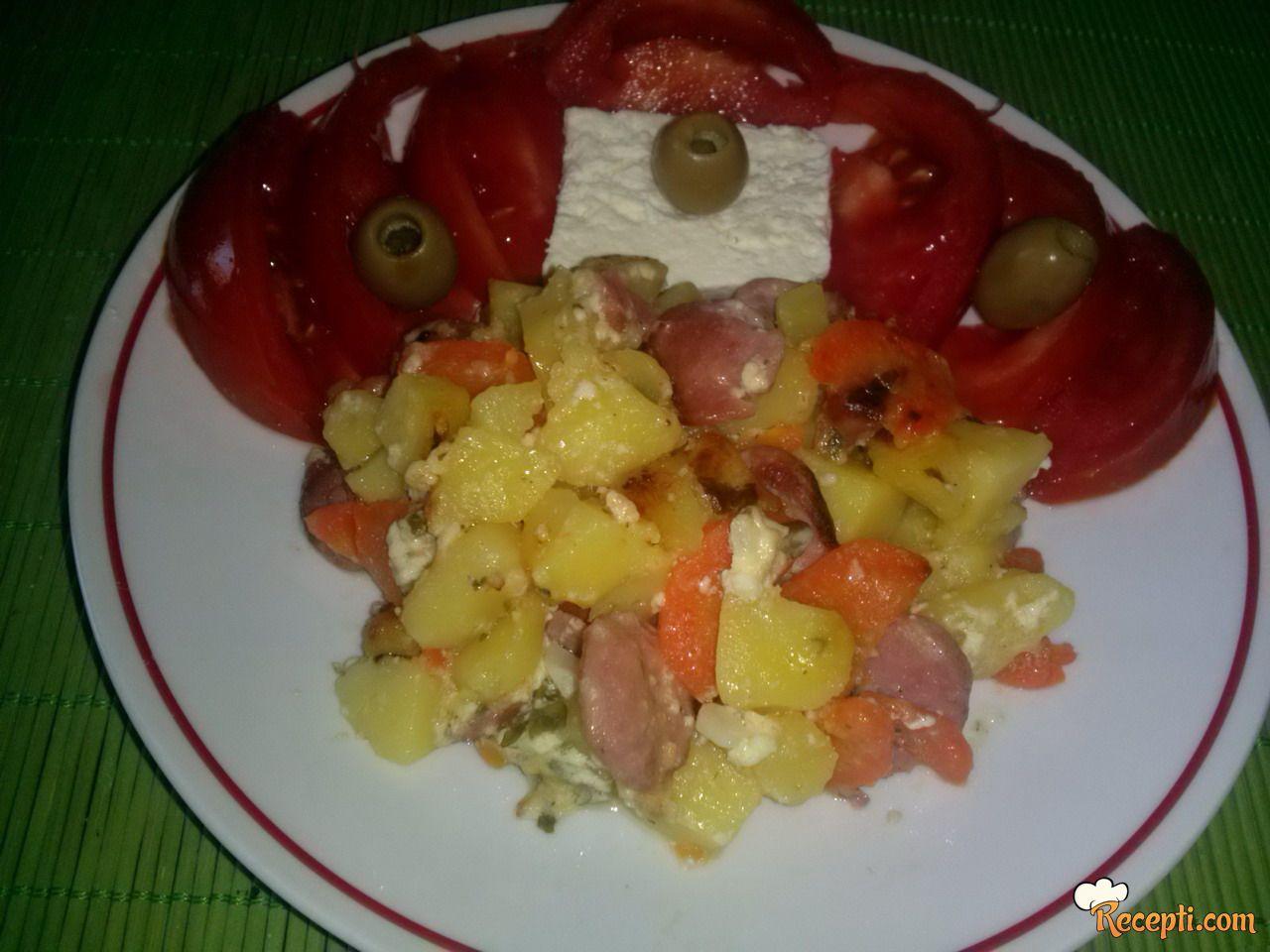 Zapečeno povrće sa viršlama