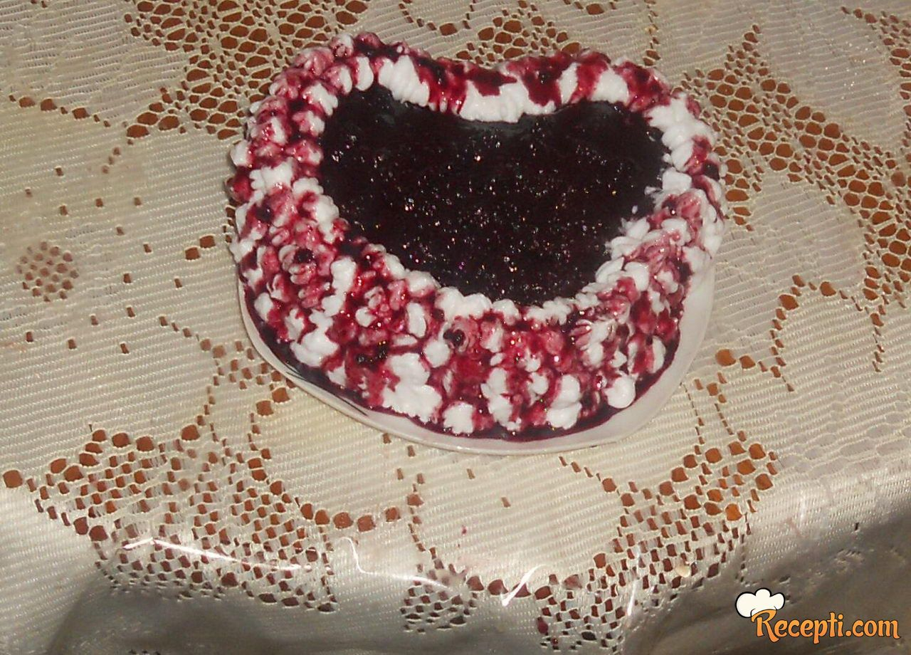 Mileram kolač sa kupinama