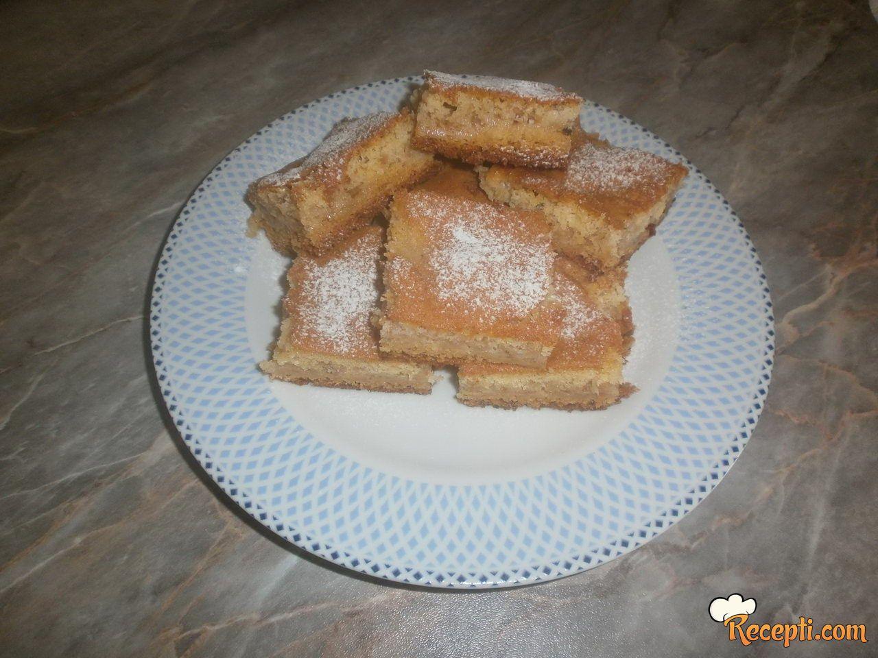 Kocke sa kruskama i jabukama