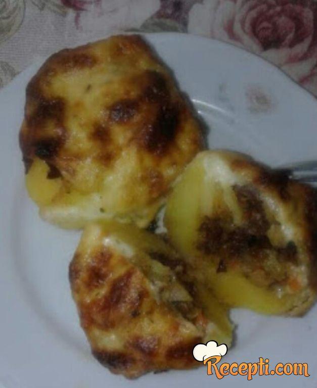 Punjeni krompir (15)
