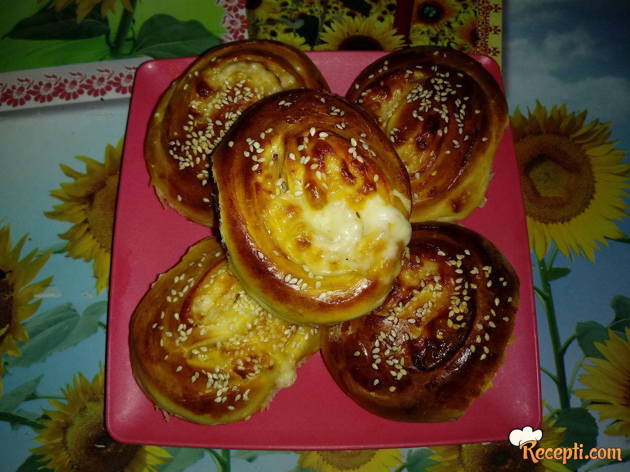 Pizza ružice (2)