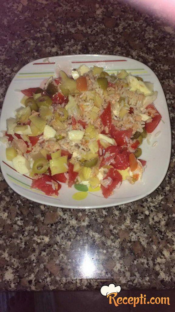 Salata sa pirinčem (3)