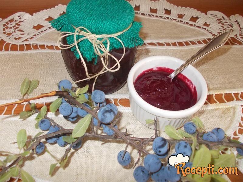 Džem od trnjina