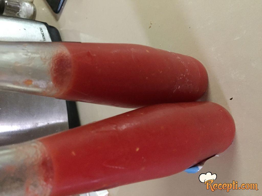 Kuvani paradajz (2)
