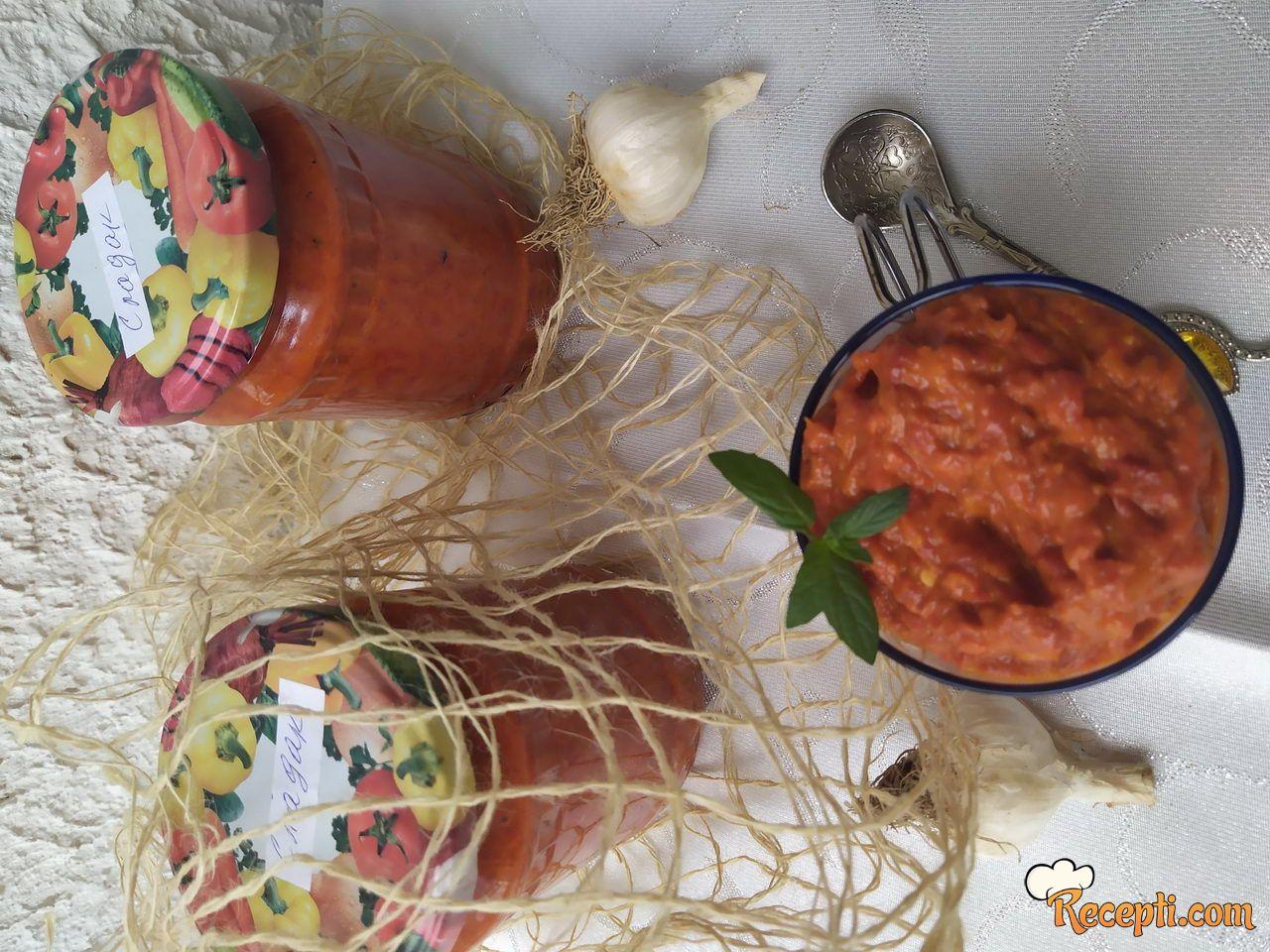 Ajvar od pečeni paprika