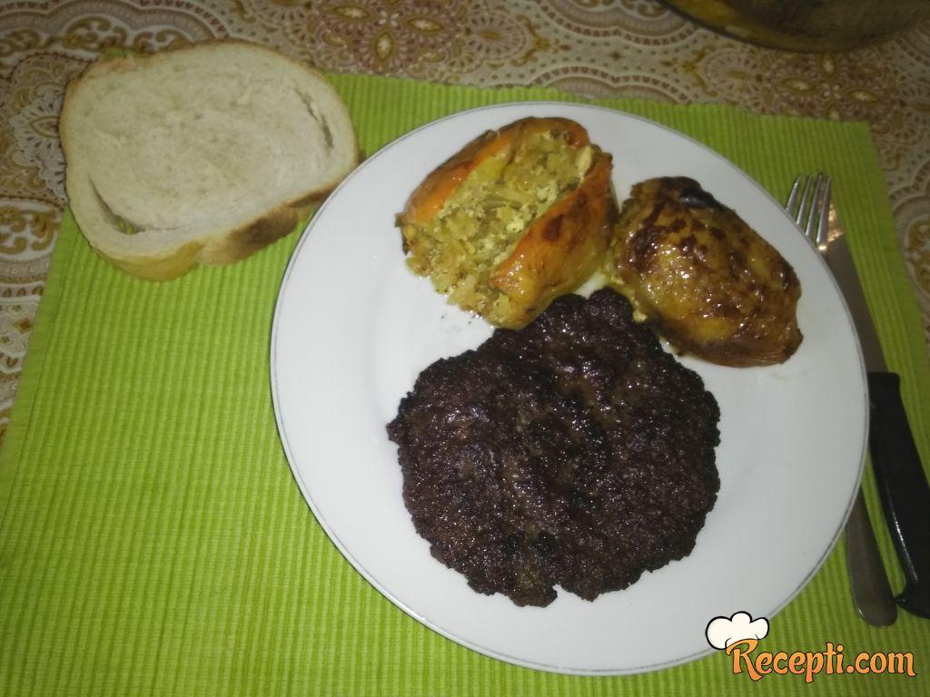 Punjena pečena paprika