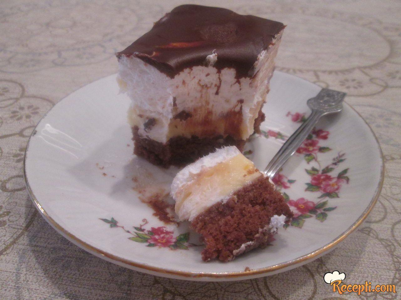 Krem kolač sa rumom