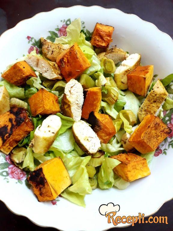 Obrok salata sa bundevom