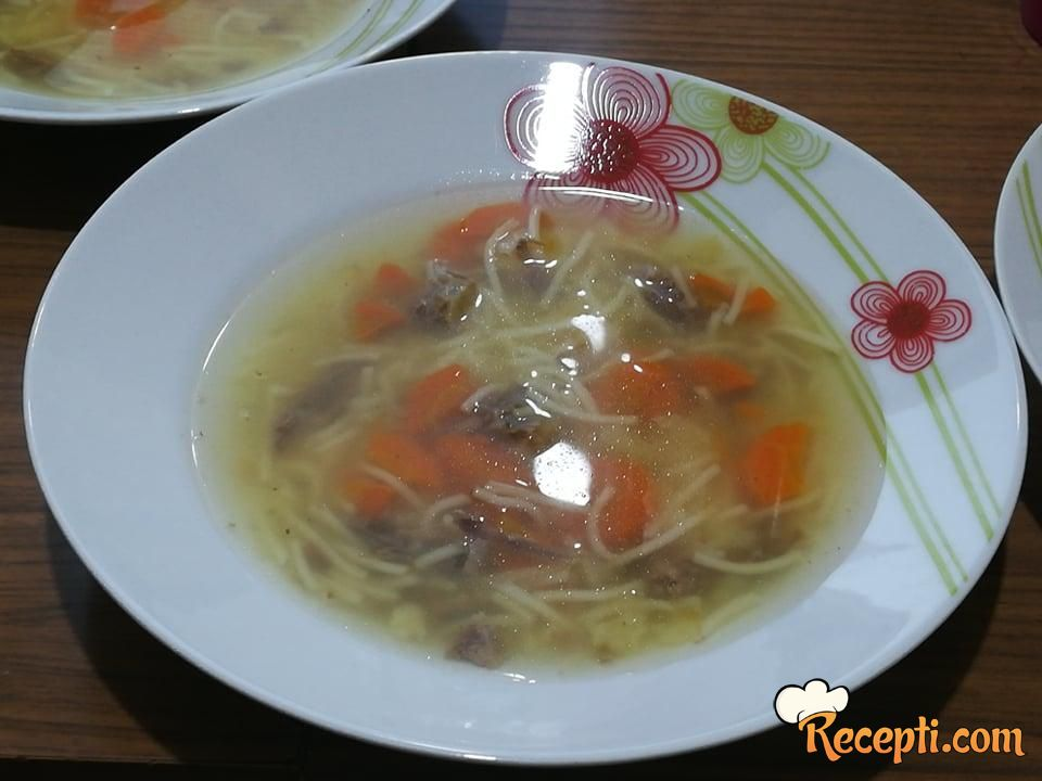 Juneća supa