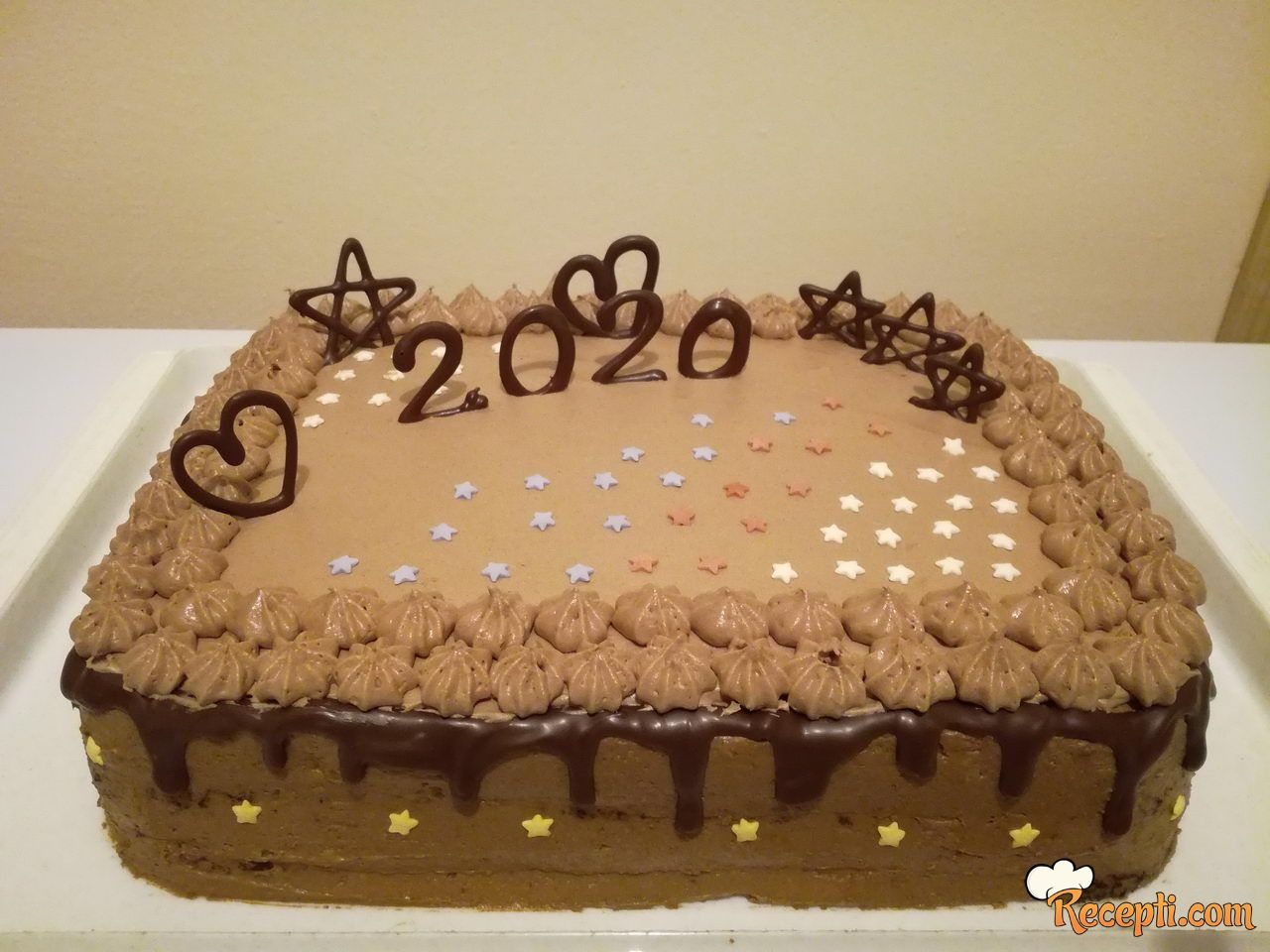 Čokoladna torta sa lešnicima, eurokremom i napolitankama (Ferrero)