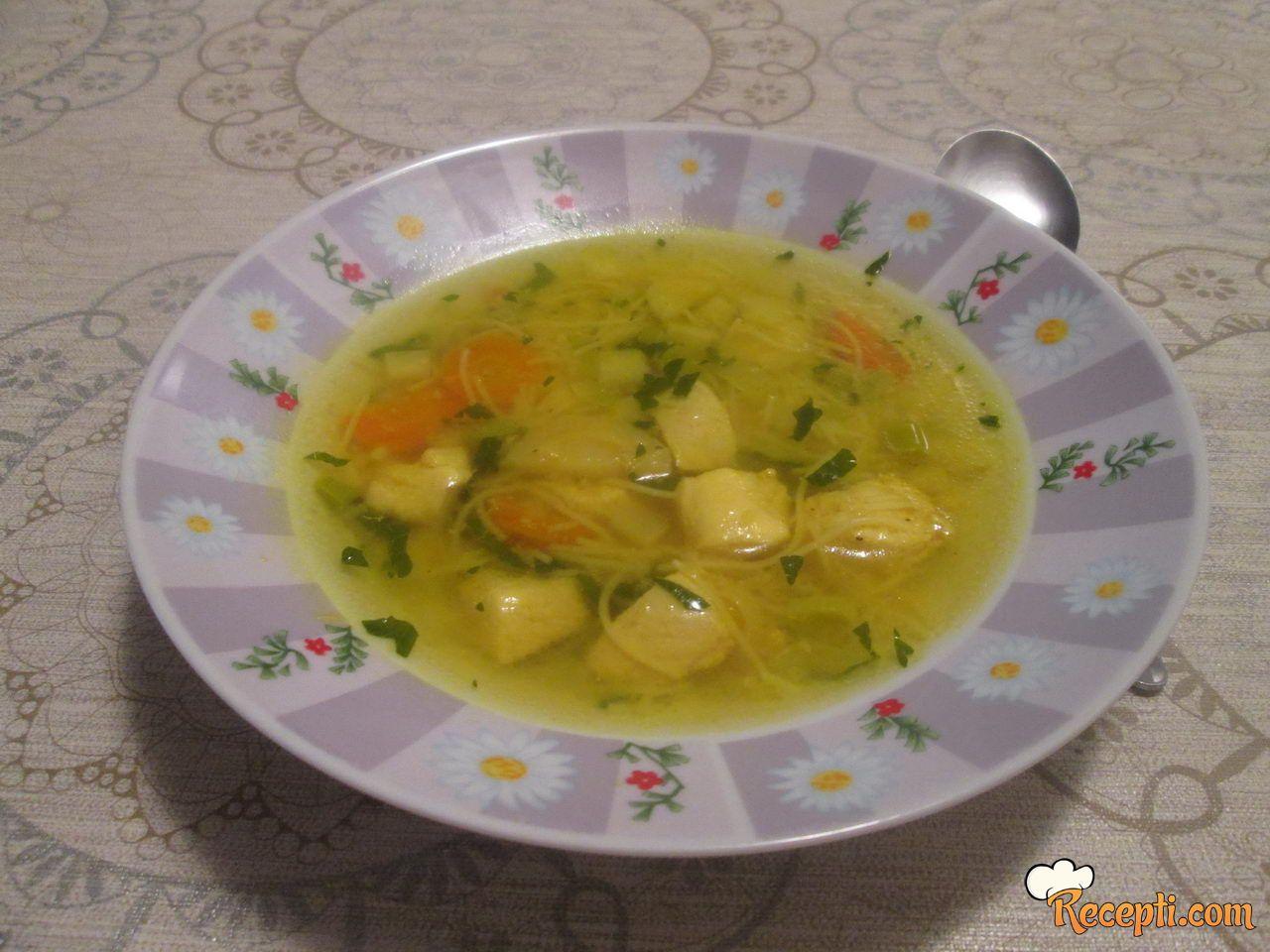 Pileća supa sa povrćem