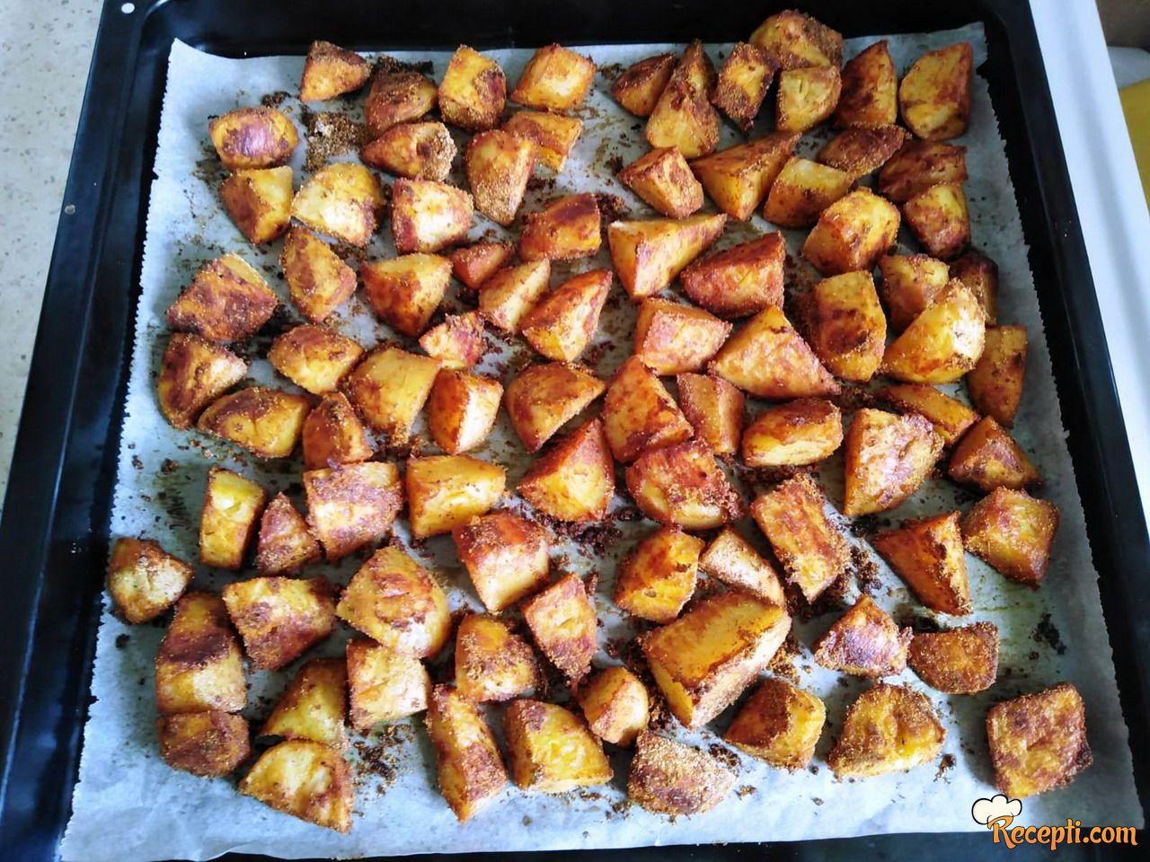 Krompir sa kurkumom i karijem