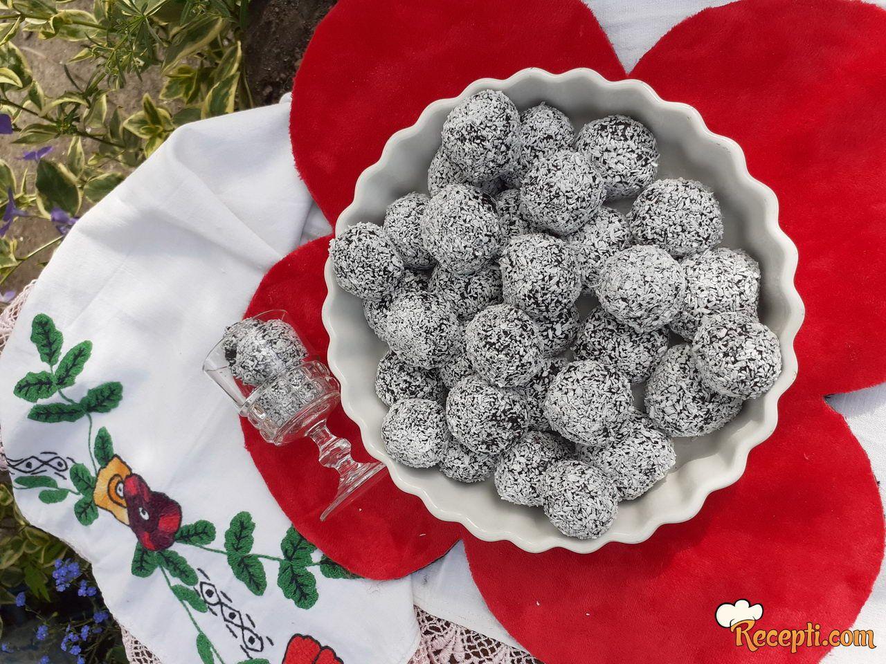 Oreo kuglice sa kokosom