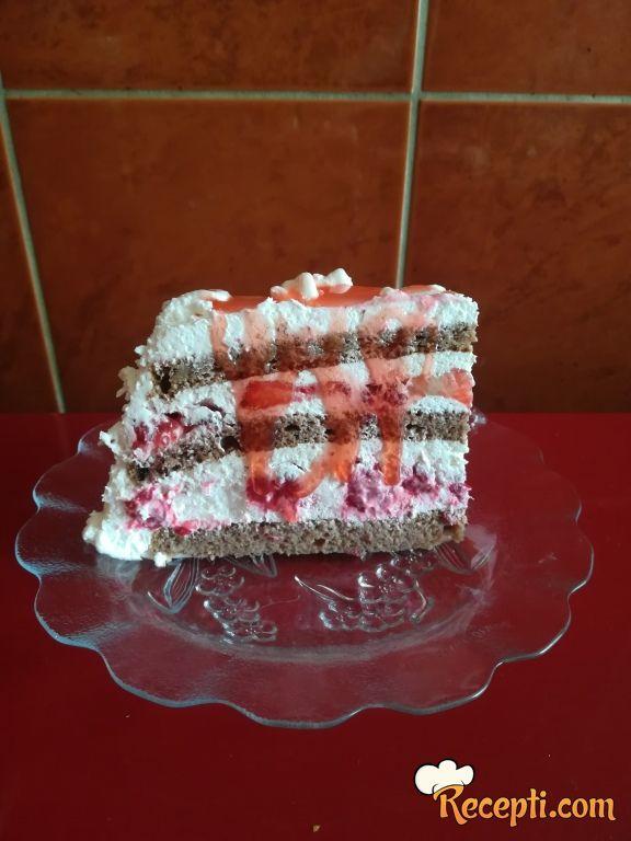 Voćna torta sa Neskvikom