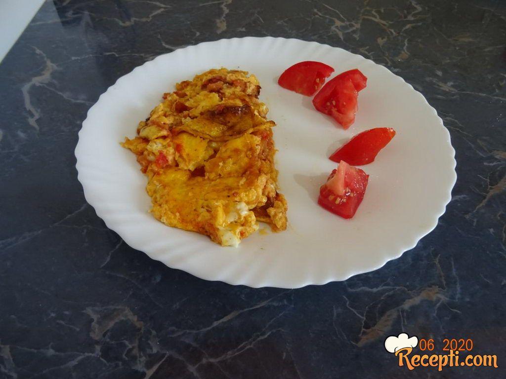 Przeni paradajz sa jajima