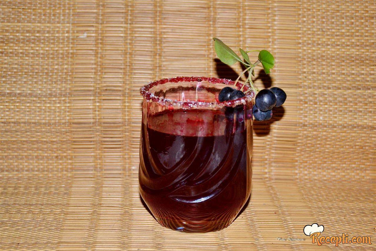 Domaći sok od aronije