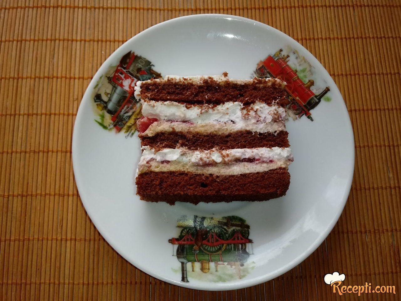 Čoko-moko torta sa jagodama