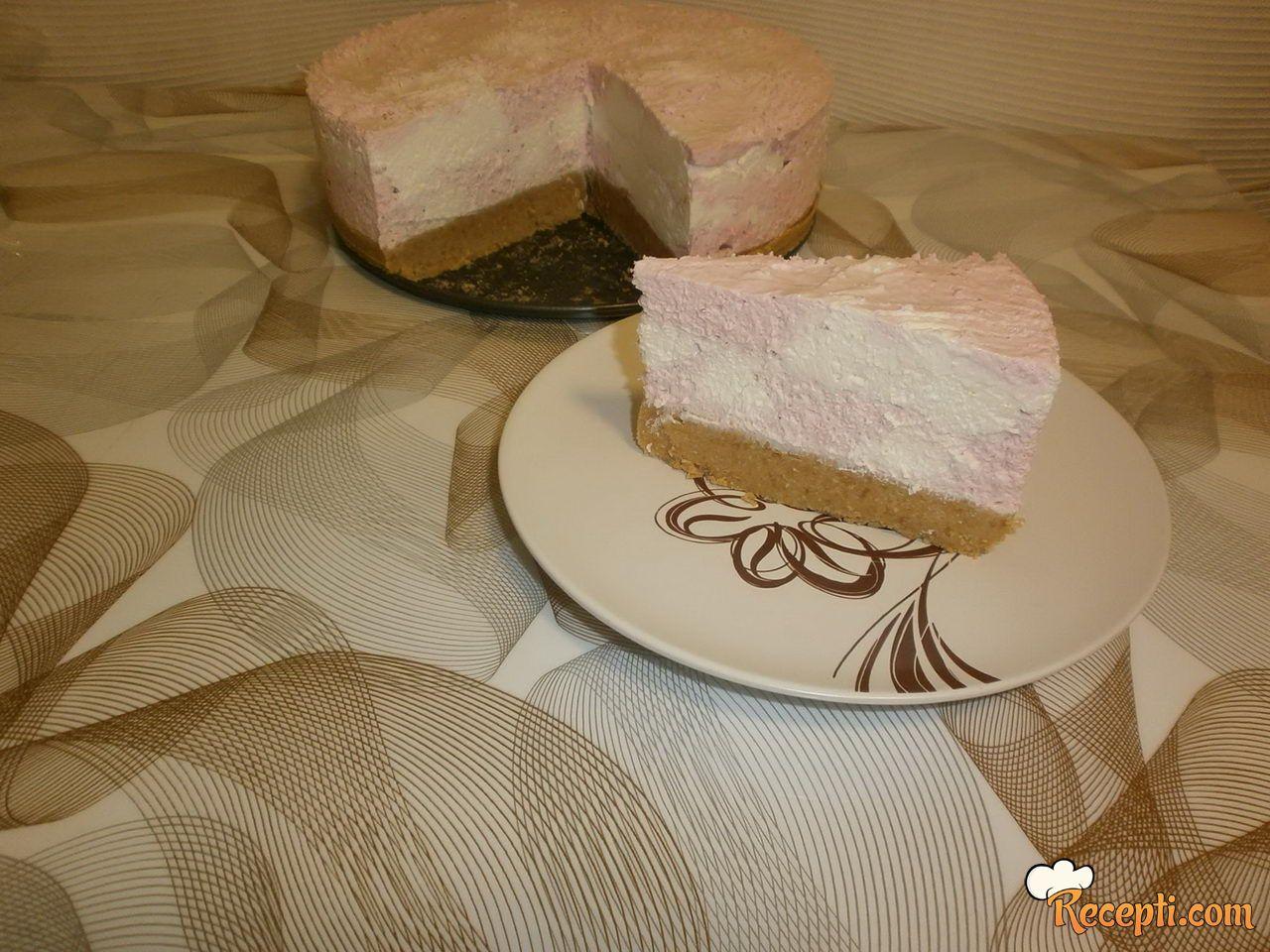 Maskarpone torta sa jagodama