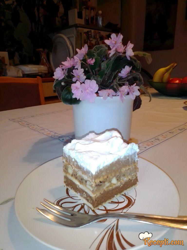 Nepečena torta