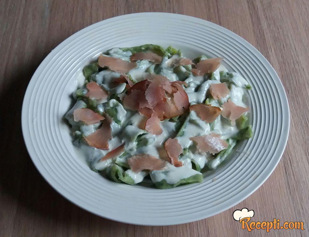 Zelene taljatele u sosu od pavlake i sira
