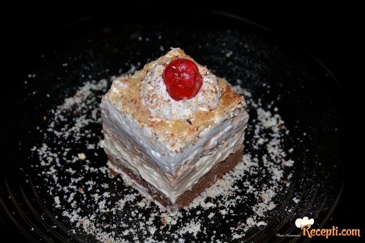 Kremasta torta sa eurokremom