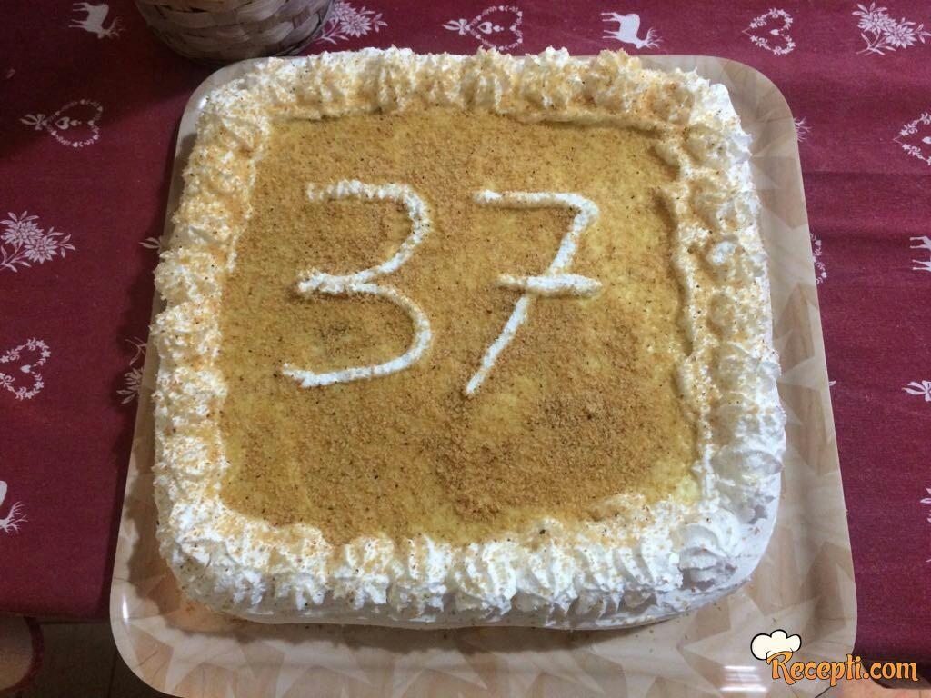 Torta sa mlevenim keksom