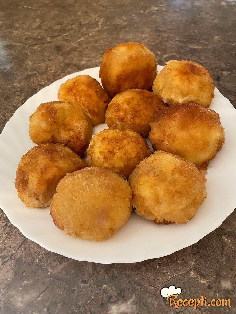 Arančini (pirinčane lopte)