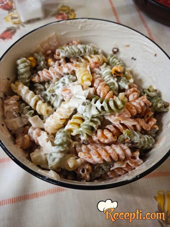 Šarena obrok salata