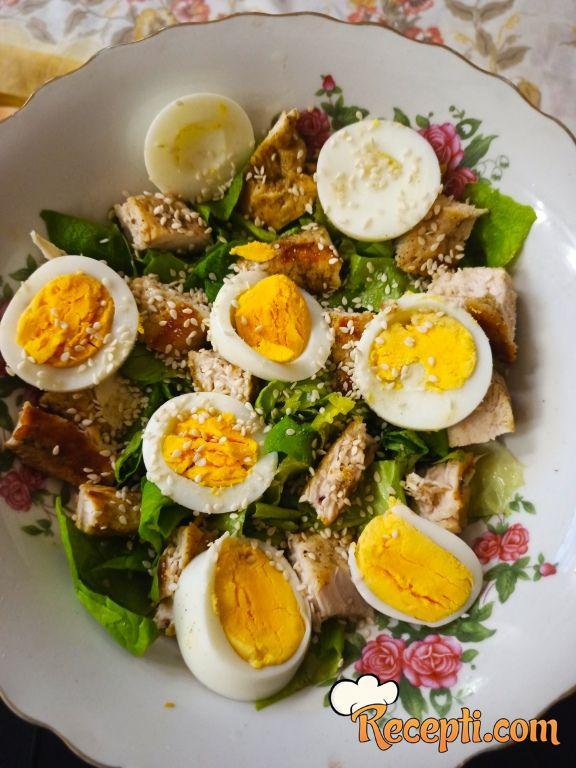 Zdrava obrok salata