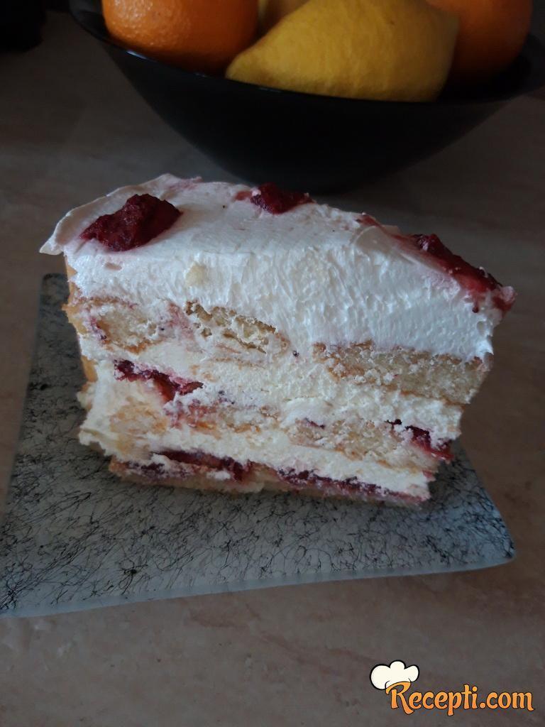 Šarlota torta (piškote i jagode)